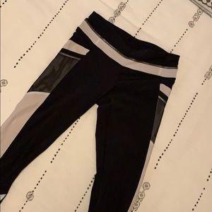 Lululemon Crop Leggings Run Black White Zipper 4